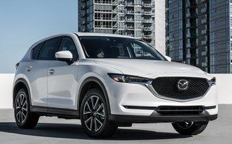Автопарк городских властей пополнили десять кроссоверов Mazda CX-5, десять седанов Mazda6 и большой кроссовер Mazda CX-9. Все автомобили собраны во Владивостоке.