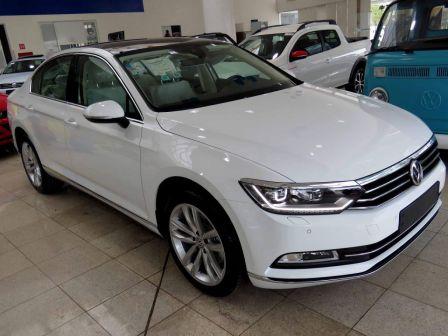 Volkswagen Passat 2018 - отзыв владельца