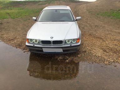 BMW 7-Series, 1998