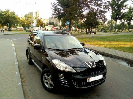 Peugeot 4007 2010 - отзыв владельца
