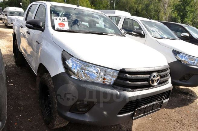 Toyota Hilux Pick Up, 2018 год, 2 270 622 руб.