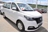 Hyundai H1. CREAMY WHITE (YAC / TAC)