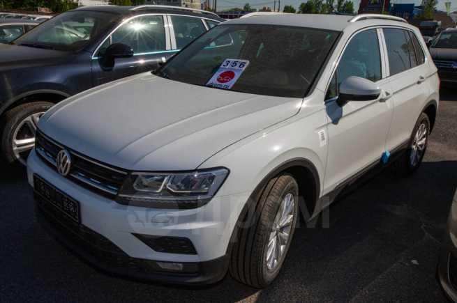 Volkswagen Tiguan, 2017 год, 2 142 100 руб.