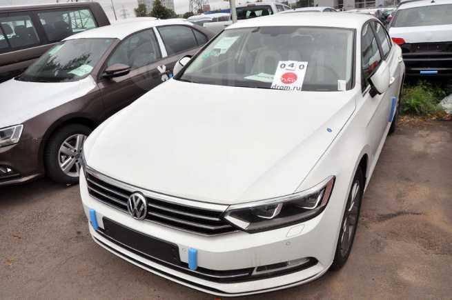Volkswagen Passat, 2017 год, 2 107 210 руб.