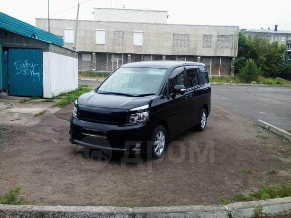 Toyota Voxy, 2008 год, 750 000 руб.