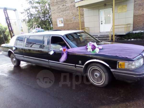 Lincoln Town Car, 1993 год, 220 000 руб.