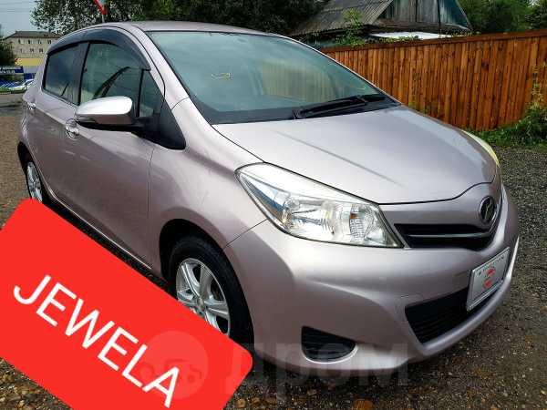 Toyota Vitz, 2012 год, 465 000 руб.