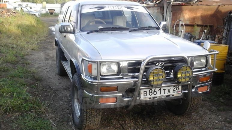 Toyota Hilux Pick Up, 1994 год, 505 000 руб.