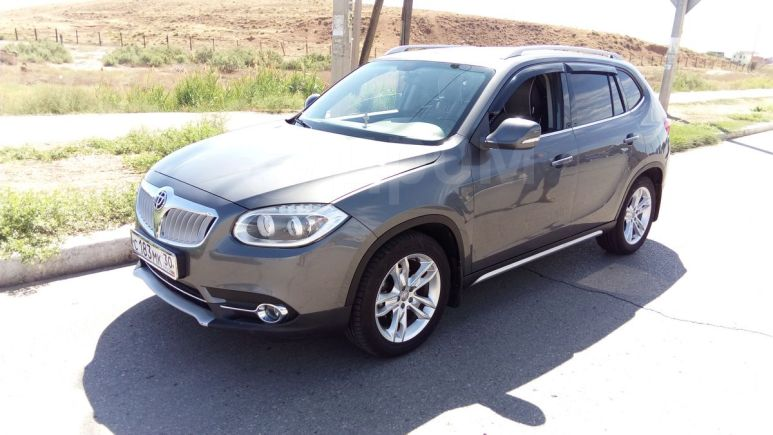 Brilliance V5, 2014 год, 600 000 руб.