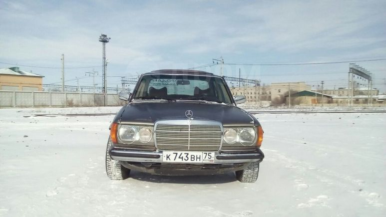 Mercedes-Benz C-Class, 1983 год, 80 000 руб.