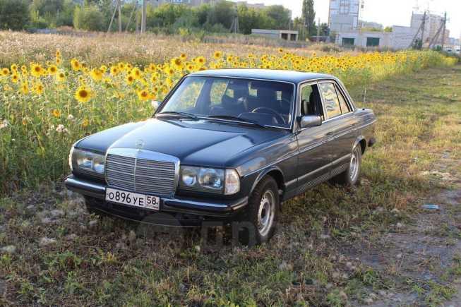 Mercedes-Benz E-Class, 1981 год, 78 000 руб.