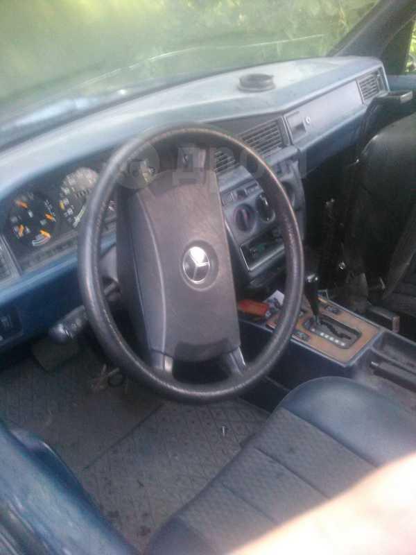 Mercedes-Benz 190, 1993 год, 105 000 руб.