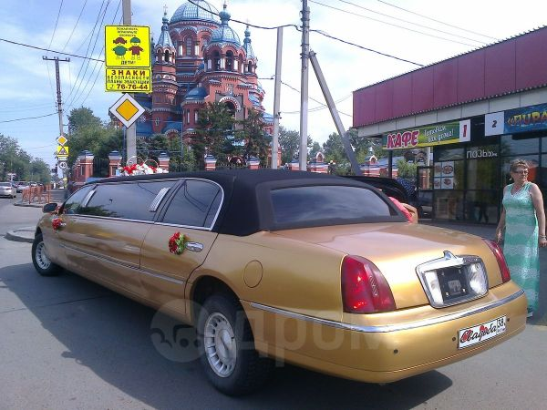 Lincoln Town Car, 1998 год, 750 000 руб.
