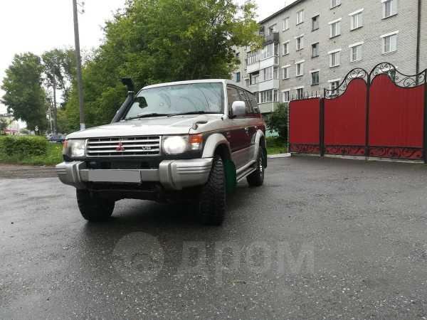Mitsubishi Pajero, 1998 год, 320 000 руб.