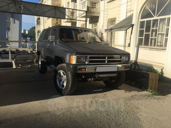 Toyota Hilux Surf, 1988 год, 499 000 руб.