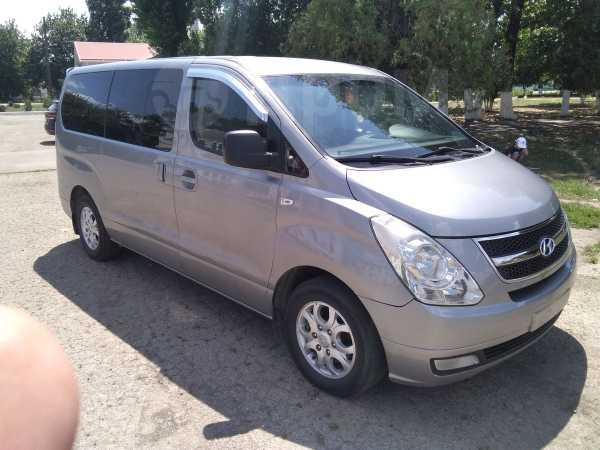 Hyundai Grand Starex, 2012 год, 990 000 руб.