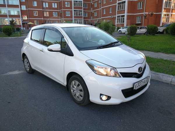 Toyota Vitz, 2012 год, 418 000 руб.