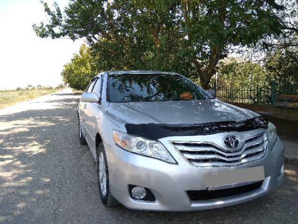Toyota Camry, 2011 год, 690 000 руб.