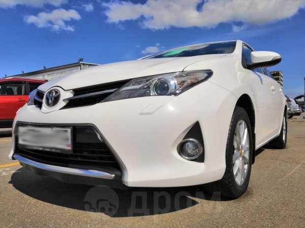 Toyota Auris, 2013 год, 818 000 руб.