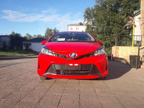 Toyota Vitz, 2014 год, 525 000 руб.