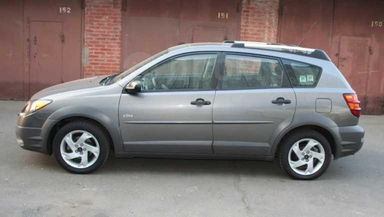 Pontiac Vibe, 2003 год, 580 000 руб.