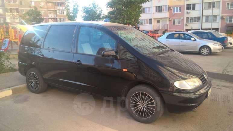 Volkswagen Sharan, 2000 год, 290 000 руб.