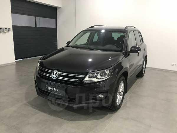Volkswagen Tiguan, 2015 год, 1 125 000 руб.