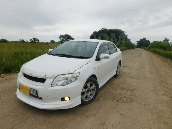 Toyota Corolla Axio, 2007 год, 385 000 руб.