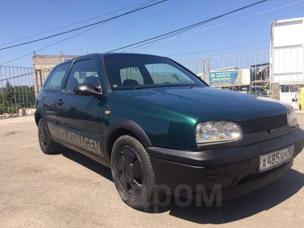 Volkswagen Golf, 1998 год, 125 000 руб.