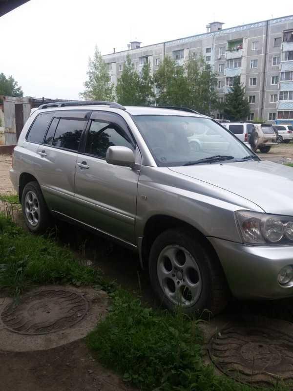 Toyota Kluger V, 2001 год, 580 000 руб.