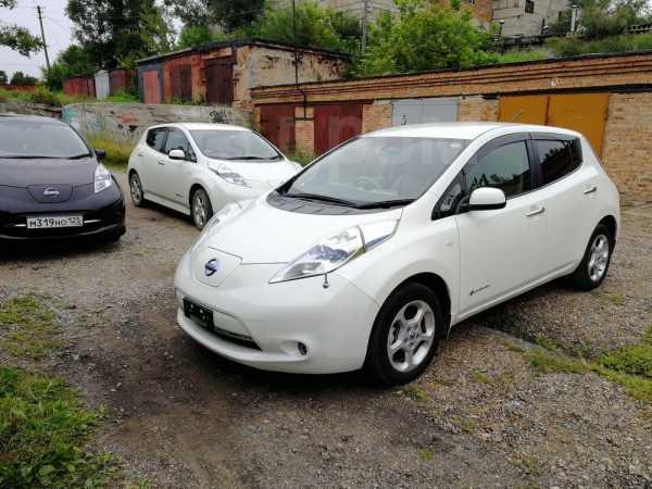 Nissan Leaf, 2011 год, 429 000 руб.