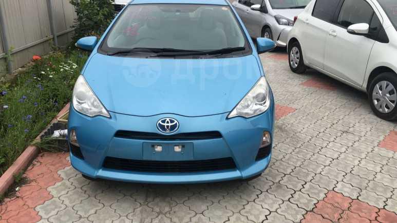 Toyota Aqua, 2013 год, 649 000 руб.