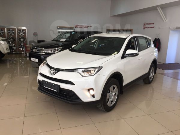 Toyota RAV4, 2018 год, 1 644 000 руб.