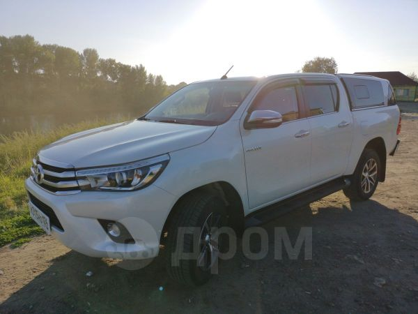 Toyota Hilux Pick Up, 2016 год, 2 530 000 руб.
