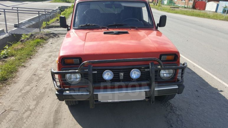 Лада 4x4 2131 Нива, 1998 год, 102 000 руб.