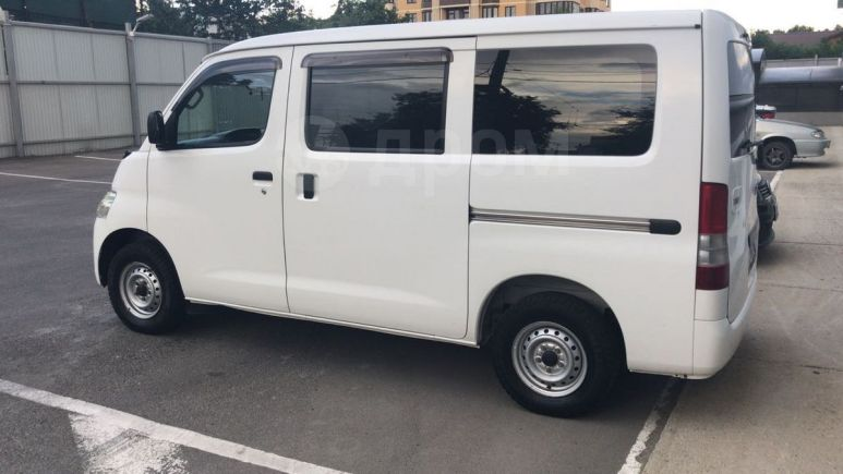 Toyota Town Ace, 2009 год, 549 999 руб.