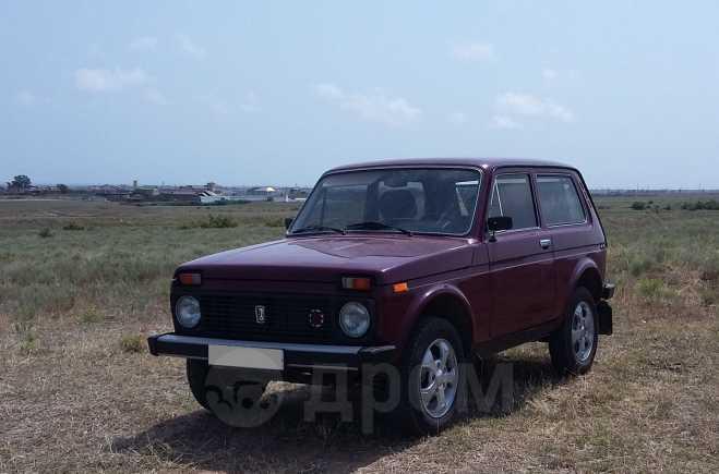 Лада 4x4 2121 Нива, 1996 год, 280 000 руб.