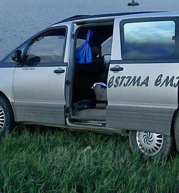 Toyota Estima Emina, 1993 год, 165 000 руб.