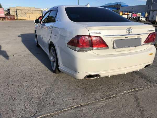 Toyota Crown, 2010 год, 1 250 000 руб.