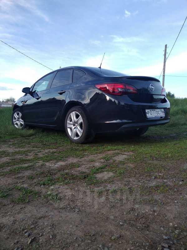 Opel Astra, 2012 год, 500 000 руб.