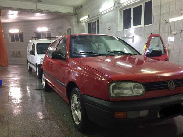 Volkswagen Golf, 1993 год, 76 000 руб.