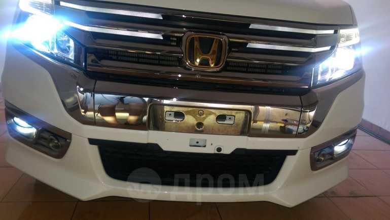 Honda Stepwgn, 2014 год, 1 295 000 руб.