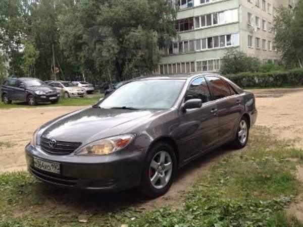 Toyota Camry, 2004 год, 399 900 руб.