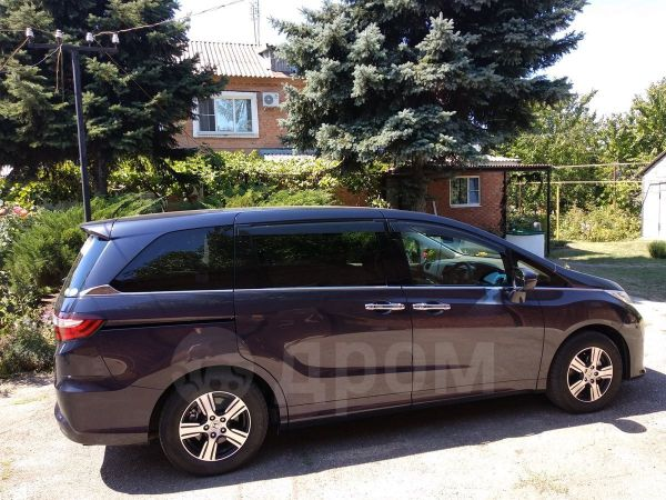Honda Odyssey, 2014 год, 1 330 000 руб.