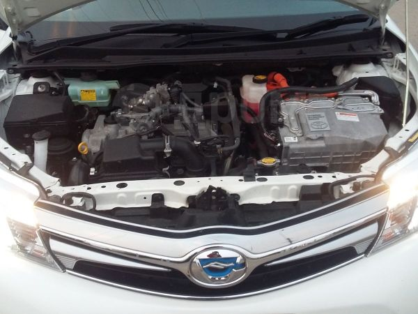 Toyota Corolla Fielder, 2013 год, 885 000 руб.