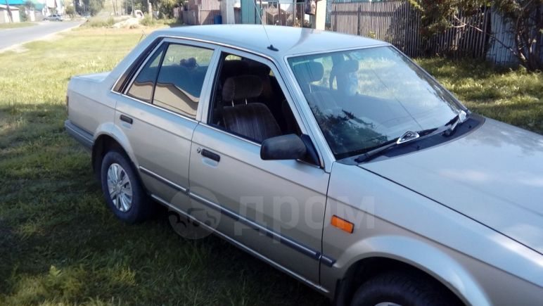Ford Laser, 1988 год, 65 000 руб.
