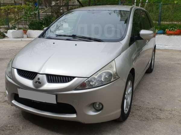 Mitsubishi Grandis, 2007 год, 569 000 руб.