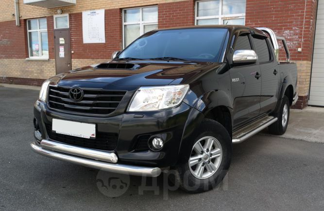 Toyota Hilux Pick Up, 2014 год, 1 499 000 руб.