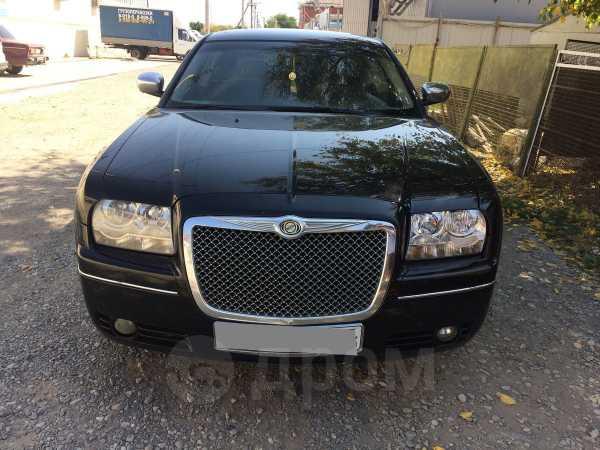 Chrysler 300C, 2005 год, 535 000 руб.