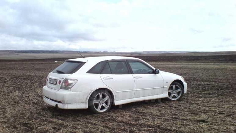 Toyota Altezza, 2001 год, 650 000 руб.